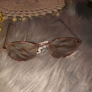 Accessories - Rose gold sunglasses